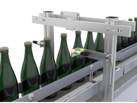采用超声波传感器对饮料灌装机进行饮料瓶记数