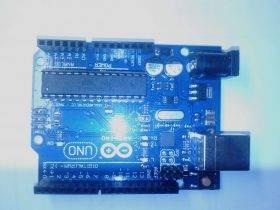 单片机的温度采集数码管显示系统