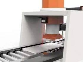 激光位移传感器用于测量钢板厚度、凸度