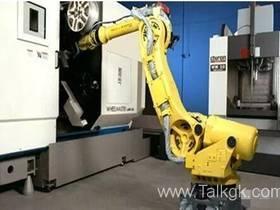 机床上下料机器人的优势及最全种类