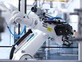 工业机器人产量增速首次跌破20%,危机还是蛰伏?