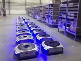 """快递机器人助力""""双11"""",包裹量有望创新高"""